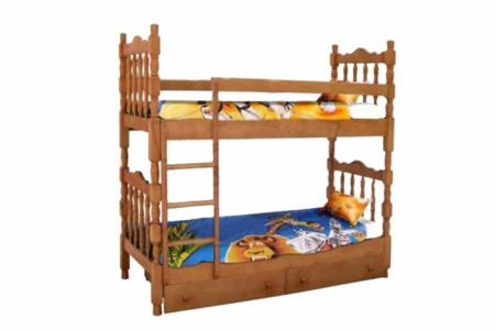 Точеная (деревянная детская двухъярусная кровать)