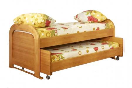 Детская на колесах (детская деревянная кровать с выкатным местом)